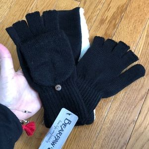 BearPaw Accessories - Final Price! 💥BearPaw headwrap and gloves 🧤NEW